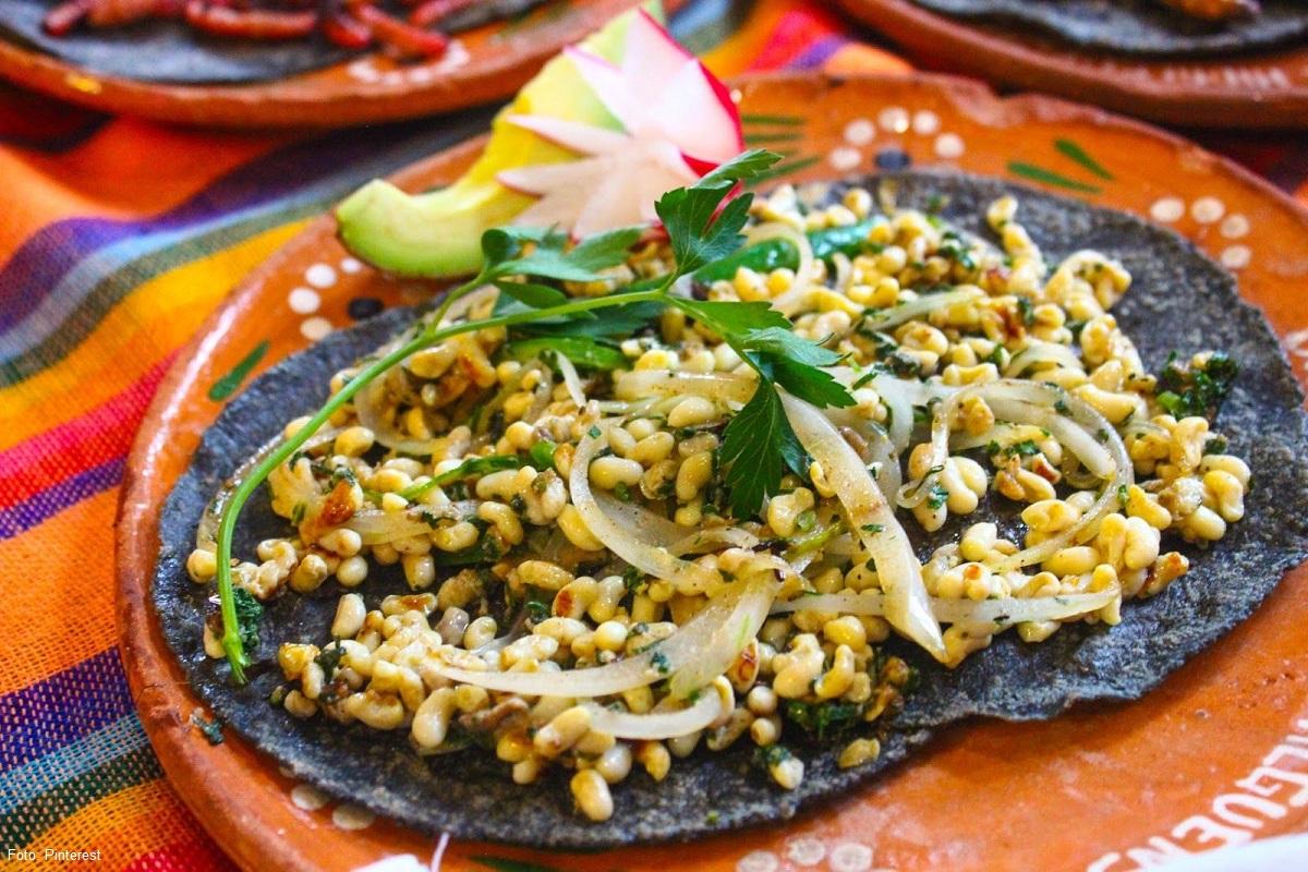 Comida típica de Hidalgo: escamoles.